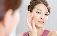 4 Best Foundations for Aging Skin
