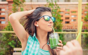 4 Smoothie Recipes That Help With Weight Loss
