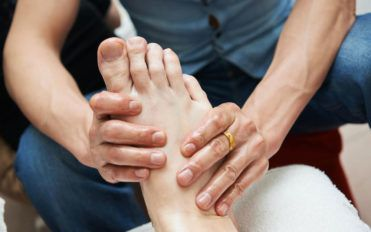 4 effective treatments for heel spur relief