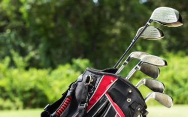 4 factors to consider while buying golf clubs