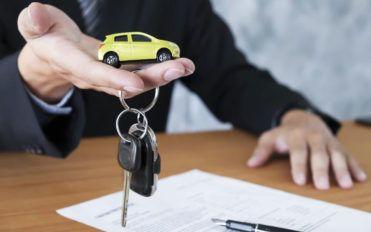 4 features AARP car insurance advantage plus package
