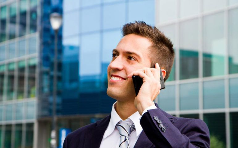 4 features that make smartphones great business mobile phones