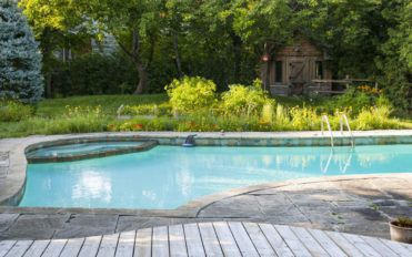 4 reasons why fiberglass swimming pools are better than concrete swimming pools