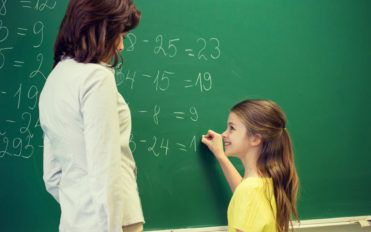 4 simple ways to solve mathematical problems easily