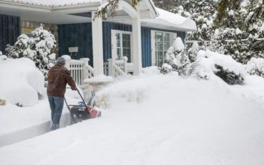 4 things you need to know before buying snow plow