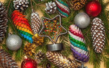 4 wacky Christmas tree ornaments you must try