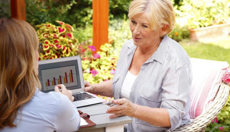 4 ways a senior life insurance can help you and your family