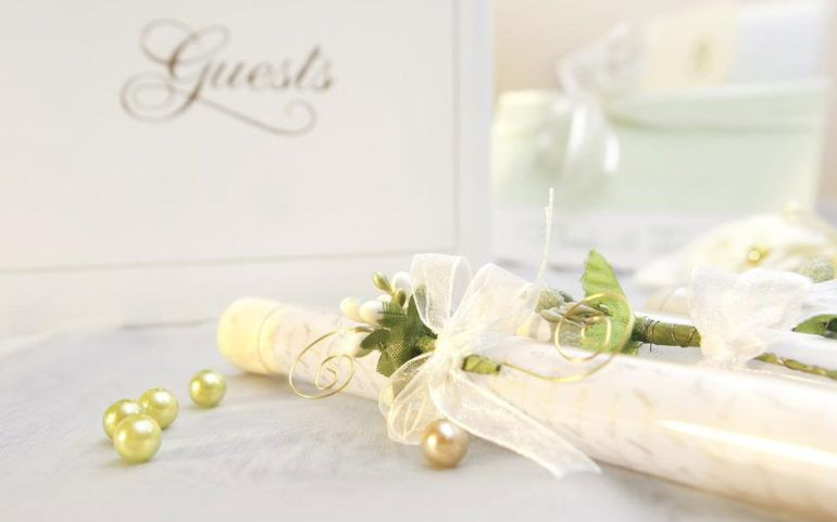 5 simple steps to make your own wedding invitation