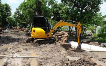 5 things to know about gardening backhoes