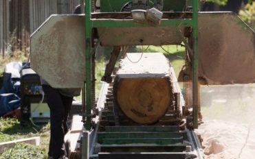 A Brief Insight into a Portable Sawmill