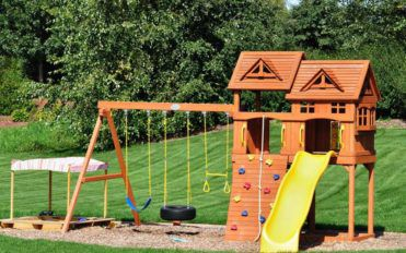 A Guide to Outdoor Playsets
