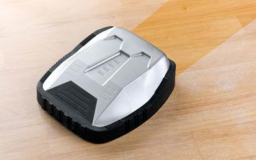 Advantages and warnings of robot vacuum cleaners such as Roomba