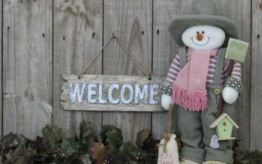 Advantages of using an inflatable snowman this holiday season