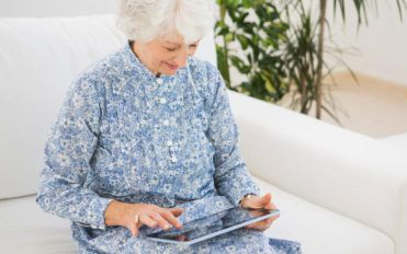 Are tablets losing their consumer base