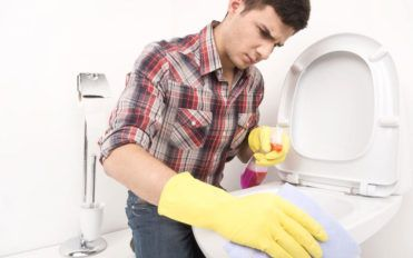 Bathroom cleaning solutions and their types