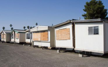 Benefits of buying repossessed mobile homes