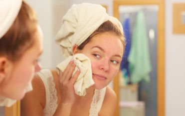 Best Facial Cleansers for Glowing and Soft Skin