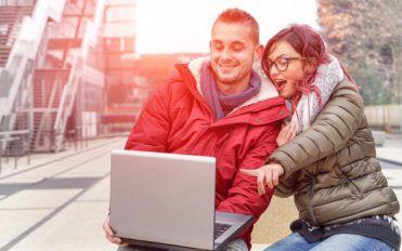 Buying certified refurbished laptops