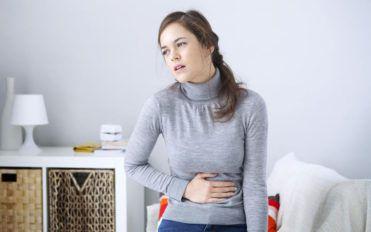 Causes and symptoms of clostridium difficile colitis
