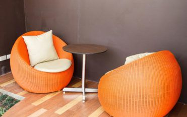 Choosing the correct brand of chair cushions and maintaining it