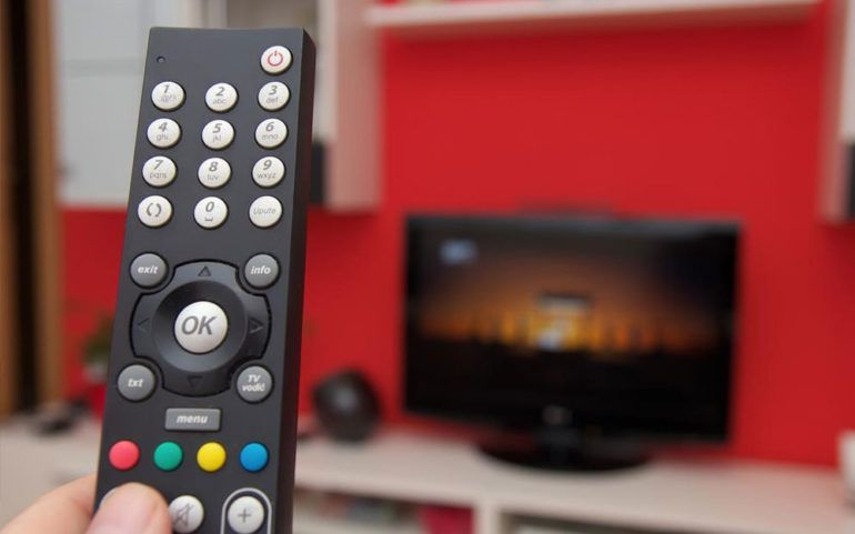 Compare TV prices and platforms provided by brands