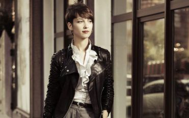 Different ways to pair a cute leather jacket