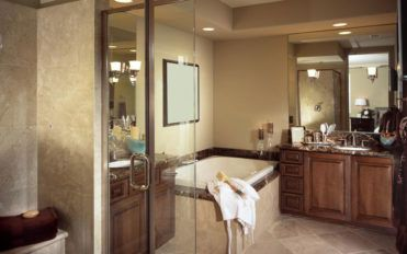 Effective precautions to take when painting your bathroom