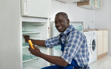 Effective refrigerator maintenance tips to keep utility bills low