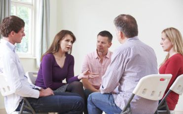 Essential factors to consider while choosing an opioid addiction treatment center