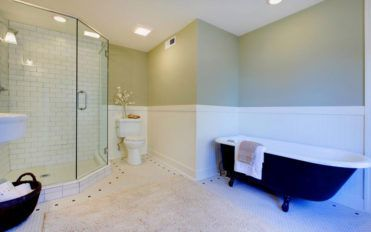 Evolution of remodeling bathing spaces