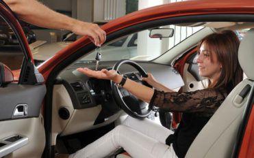 Five variants of the brand-new Chrysler 300 series for 2020