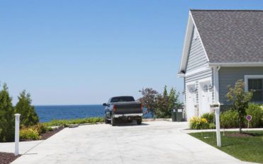 GMC Canyon Deals for Mid-size Trucks