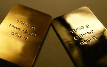 Gold price at its peak