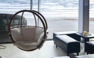 Great ideas to accommodate swing sets in homes