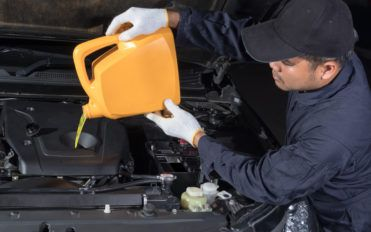 Guide to Changing Engine Oil for Your Car