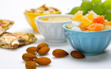 Healthy Eating with 100-Calorie Snacks