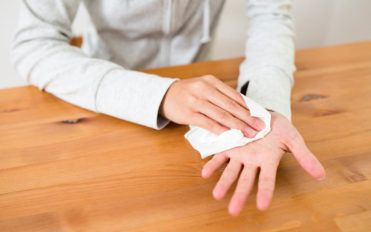 Here are a few tips to keep sweaty hands at bay