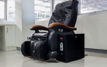 Here are some popular Types of reclining chairs