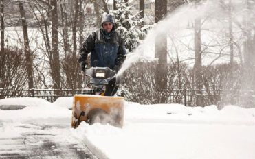 Here's what you need to know about electric snow blower