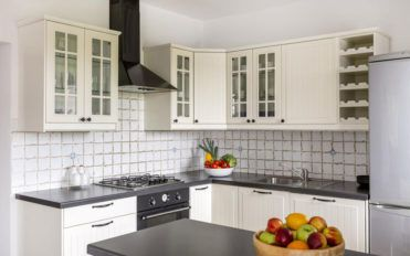 Here's why kitchen backsplash panels are a must