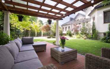 How to Get Great Patio Furniture on Sale