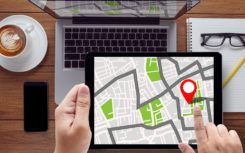 How to find street maps in the Look Around feature of Apple Maps