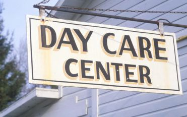 How to find the best infant child care center?