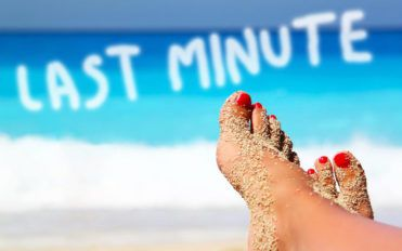 How to get the best deal on a last minute holiday