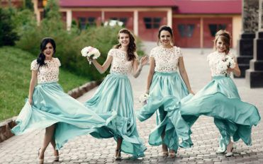 How to select the perfect bridesmaid dress