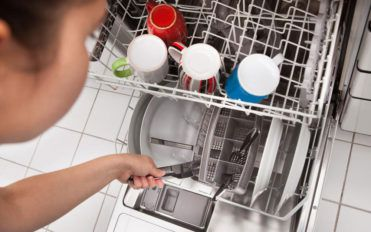 How to shop for a portable dishwasher