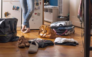 How to store your luggage right at home?