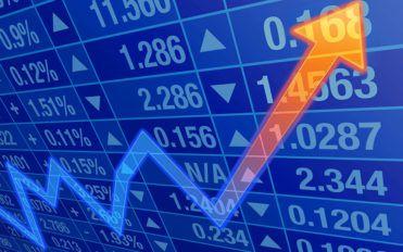 Investing in oil stocks in 2017
