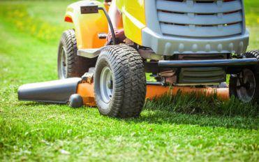 John Deere's riding lawn mowers