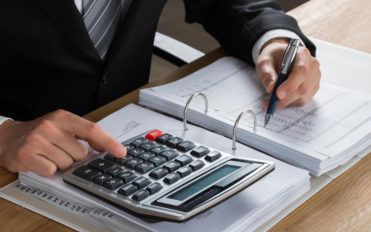 Know about the various tax preparation software